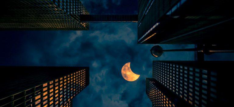 Eclipse in Atlanta by graphiknation